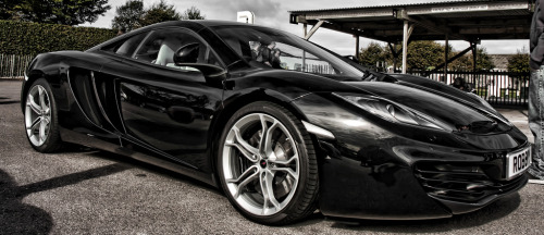 Dark fantasy Starring: McLaren MP4-12C (by jasoncornish)