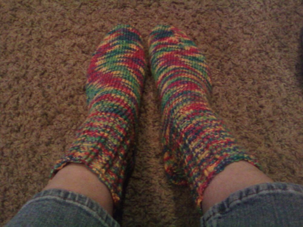 onetangledmess:  Now these socks (my 4th pair) are for me.  Drool #luscious #socks