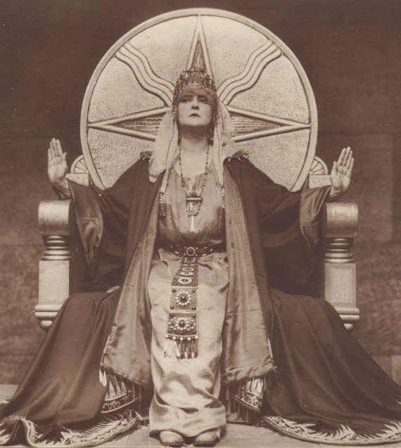 "elysskama:  Mia May, 1919 Die Herrin der Welt,"" Mistress of the World"