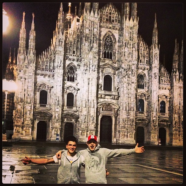 joshdevinedrums: @niallhoran and I… Beautiful place Milan! @niallofficial