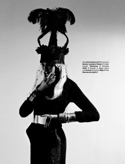 stormtrooperfashion:  Megan Irminger by Urivaldo Lopes for L'Edito Magazine, December 2012/January 2013 See more from this set here.
