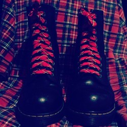 Couple of tarts. #fashion #drmartens #docmartens #docs #dms #boots #style #musicians #musician #music #men #man #guy #guys #boy #boys #tartan #british #britain #malta #maltese #laces #airwair