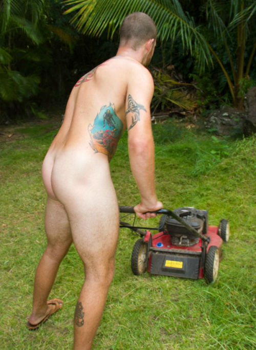 His master requires that he does the yard work completely naked...Check Out All My Blogs!http://mancunts.tumblr.com/http://wetdreamoblackdom.tumblr.com/http://allaboutmensfeet.tumblr.com/http://dominatehim.tumblr.com/http://blackrulephotoblog.tumblr.com/http://submissivenessisthekey.tumblr.com/http://themalebodyaworkofart.tumblr.com/