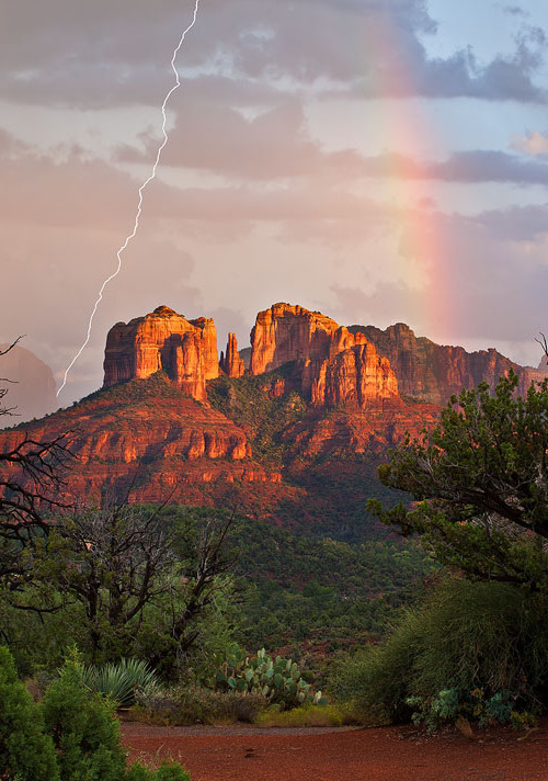 vurtual:  Monsoon Madness, Arizona (by Guy Schmickle)