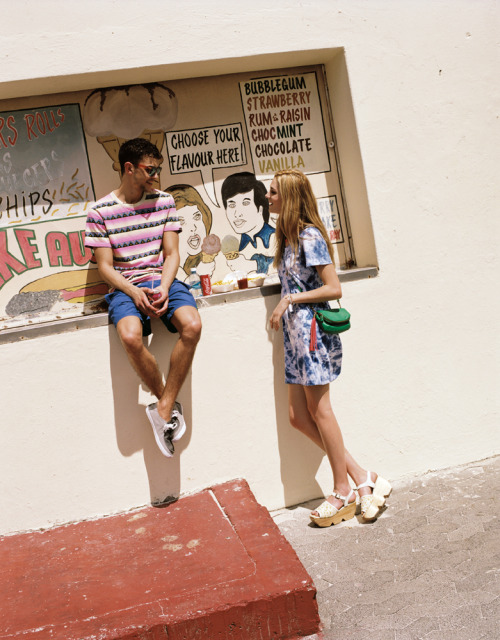 rhetoricc:  urbanoutfitters:  The Summer Catalog: Here Comes The Sun Photography by Rene Vaile