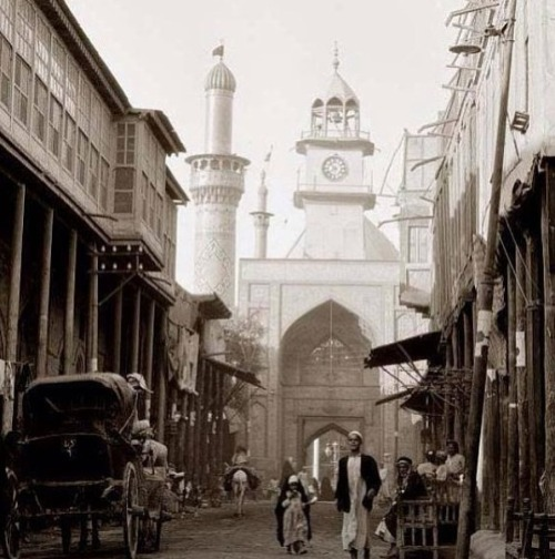 warkaj:  Aba Al Fadl's shrine in 1938 - holy Karbala