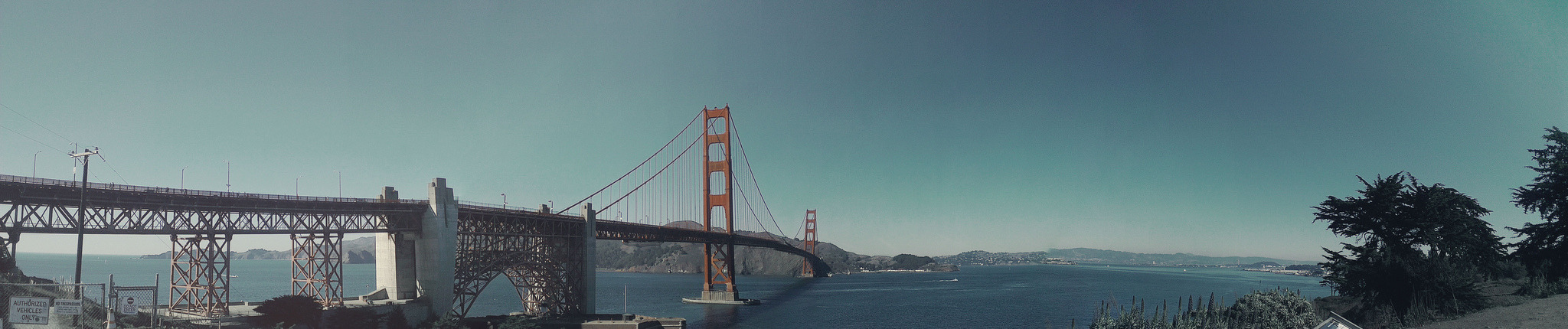 Panorama of San Francisco's Golden Gate Bridge | Taken by my phone, HTC One X