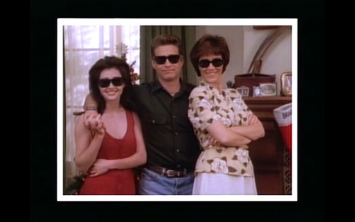 "Beverly Hills 90210 - ""Somewhere in the World it's Christmas"""