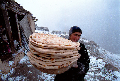 dispirits:  Zeravshan gorge, Tajikistan. November 2002. By Dmitry Beliakov.