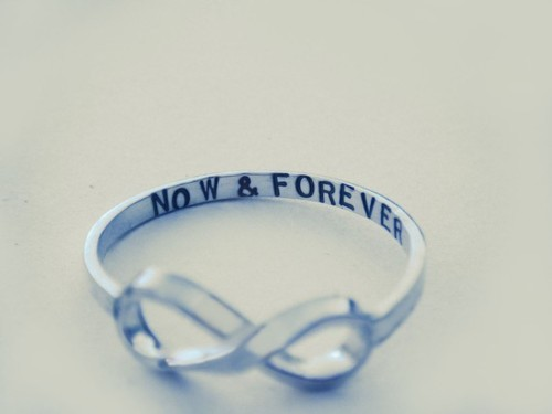 7nationarmy-cantholdmeback:  I Follow Back!    I NEEEEEEED THIS RING!!!! D: