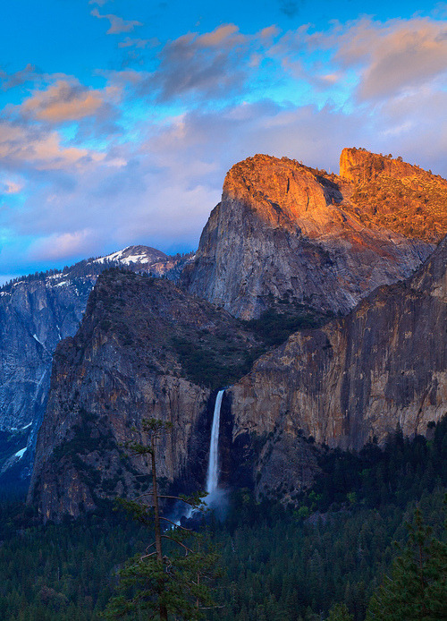 x-enial:   Bridal Veil Falls, Yosemite by Mark Bilton