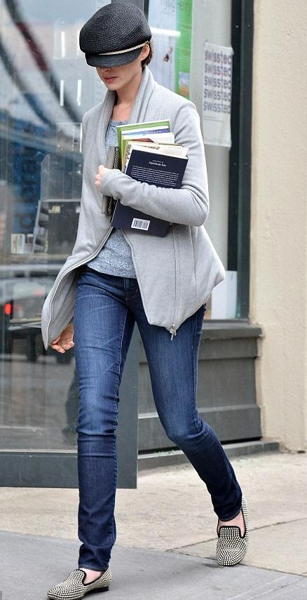 Anne Hathaway out in NYC, April 1st
