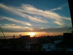 winter sky over Chicago http://ift.tt/1mKWrq2 By nobody@flickr.com (biverson)