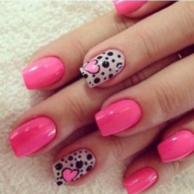 Let's try this! @amiegeramie  #nailart #pink