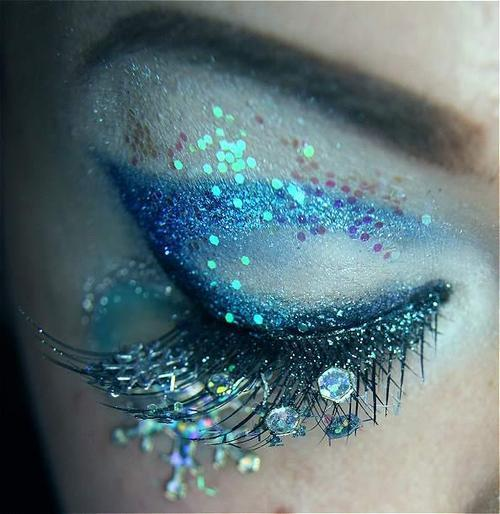 fuckourmindsup:  Paint Me Beautiful on We Heart It. http://weheartit.com/entry/46642015/via/KatlinKallasGod