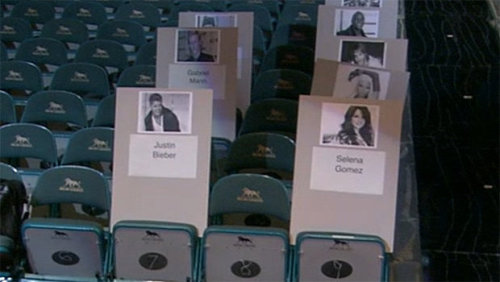 Justin and Selena's seats at the Billboard Music Awards!!