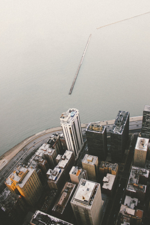 theoceanrolls:  (by BKBROWN.)