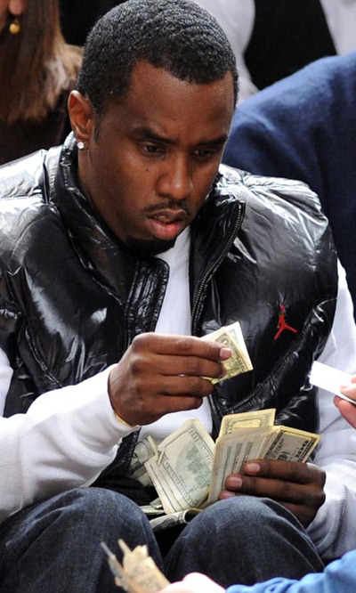 "vaspim:  Sean ""P. Diddy"" Combs seeing a $1 dollar bill for the first time in his life."