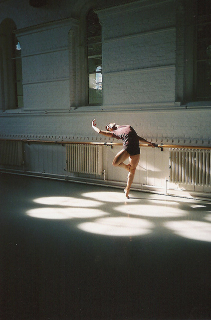 lararikje:  classic dance | Tumblr on We Heart It - http://weheartit.com/entry/59805676/via/loveityourway Hearted from: http://everybodywantsahug.tumblr.com/post/31583717293