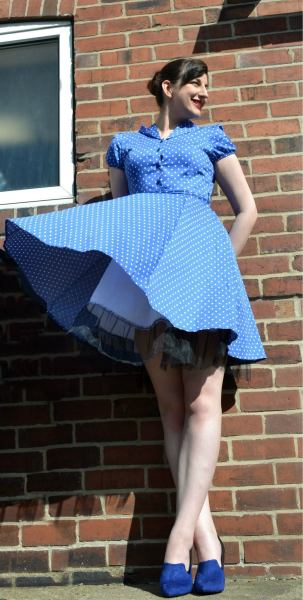 Little 1940s shoot with my swanky new dress :3