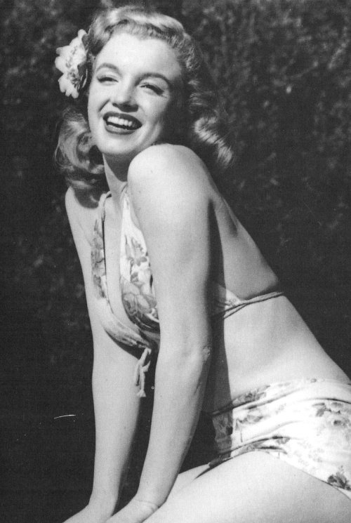 ourgirlmarilyn:  Marilyn in a publicity shoot for 'Scudda Hoo! Scudda Hay!' in 1948.
