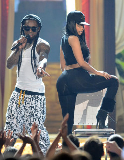 overacts:  twerk it for me nicki