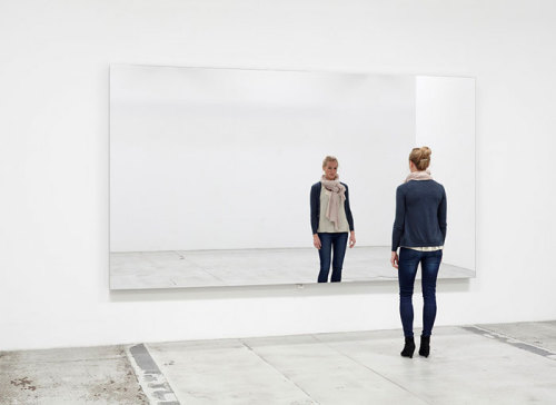 Danish artist Jeppe Hein, Mirror Wall, 2009Contemporary-Art-Blog