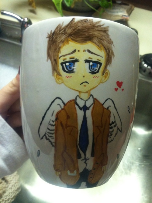 doctordestieljohnlock:  Did I ever show you guys my Castiel coffee cup I painted?