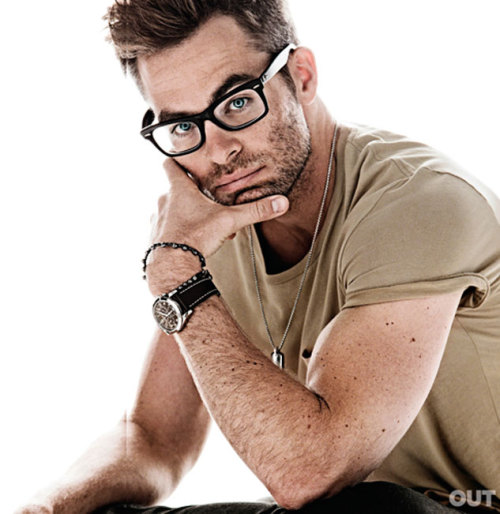 thebacklot:  imwithkanye:  Chris Pine: The Thinker | OUT  Seriously sexy