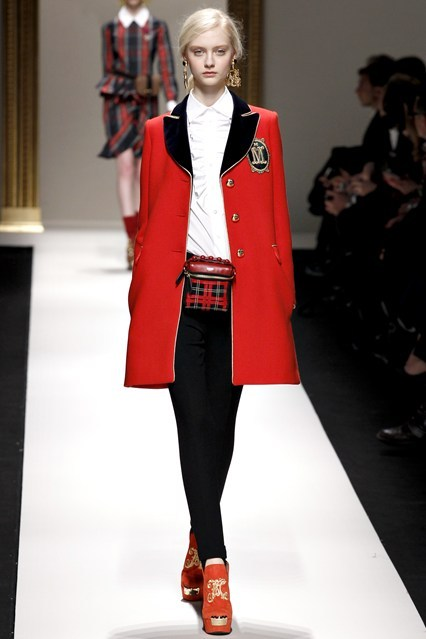 bleu-par-chanel:  Moschino Fall Winter 2013-2014 Trend: British Royalty