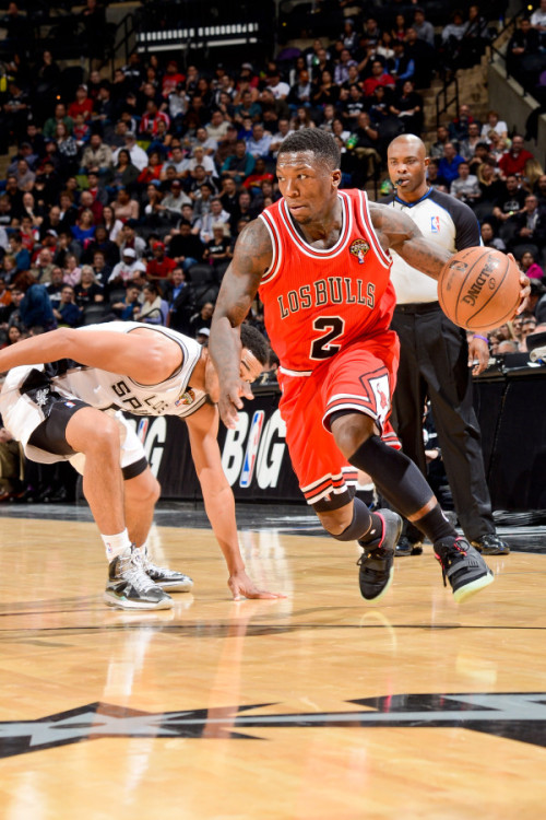 Probably the best moment this NBA season. Nate Robinson out here rocking the Yeezy 2's to play ball.