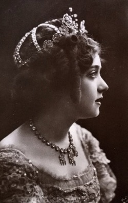 Miss May de Sousa, american singer and stage actress. 1900s