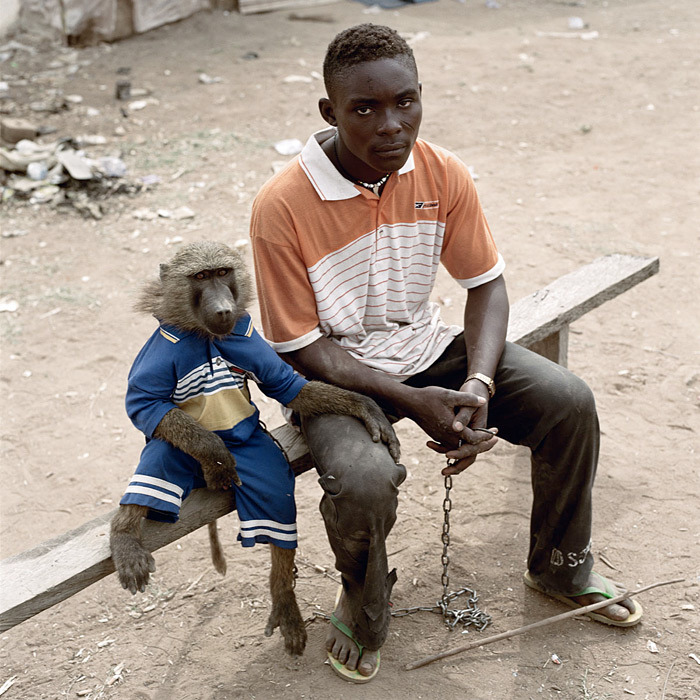 mierdadevida:  Pieter Hugo: from the series The Hyena and Other Men