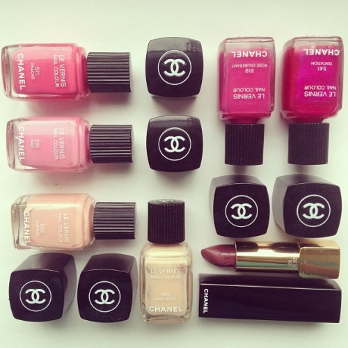 bergdorfprincess:  Shades of Chanel. 👌 Instagram: MissYanaCherie (at Bloomingdale's)