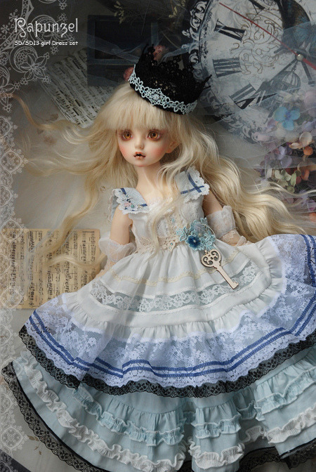 dollshousedropin:  【Alice in wondersea】 on sale (by snow-rapunzel)