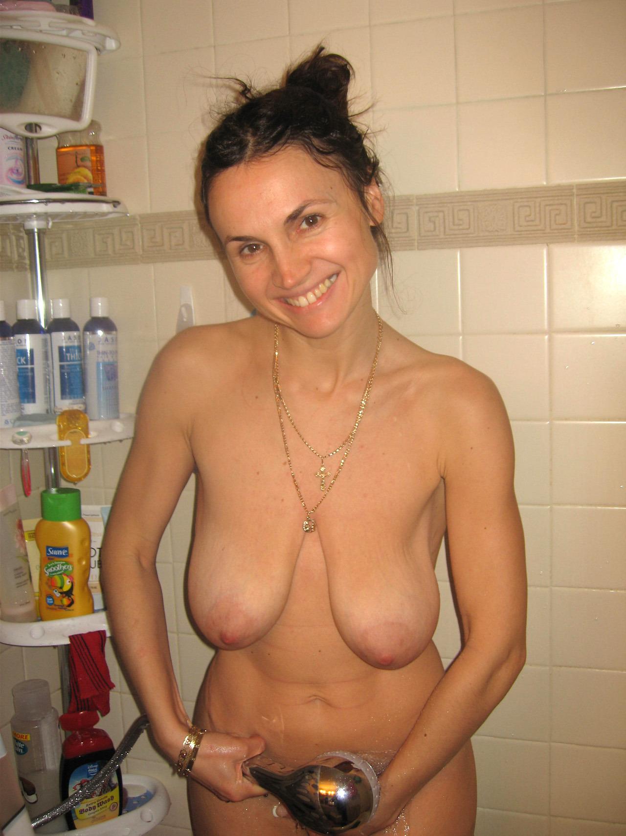 Фото молодых женщин с обвисшей грудью 8 фотография