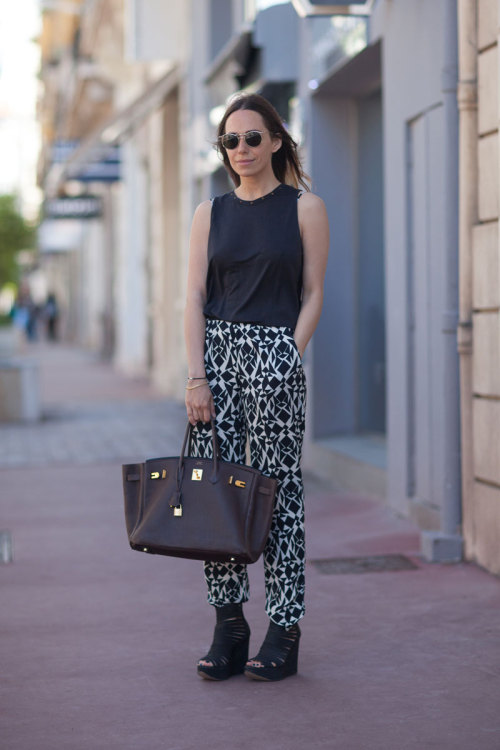 harpersbazaar:  Seaside Chic: Street Style from Cannes Diego Zuko, May 2013
