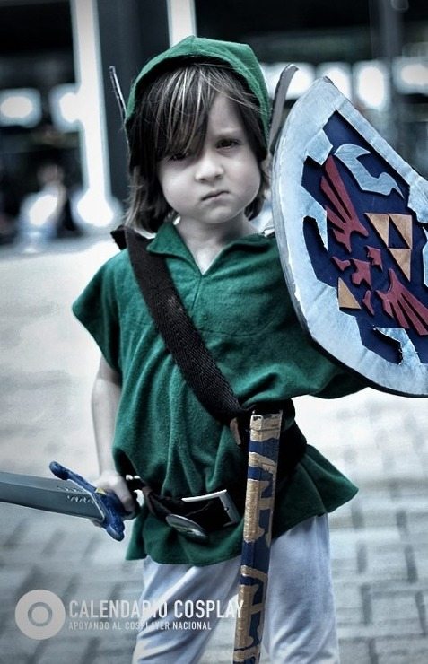 cutecosplayers:  MINI LINK, AWN <3. source