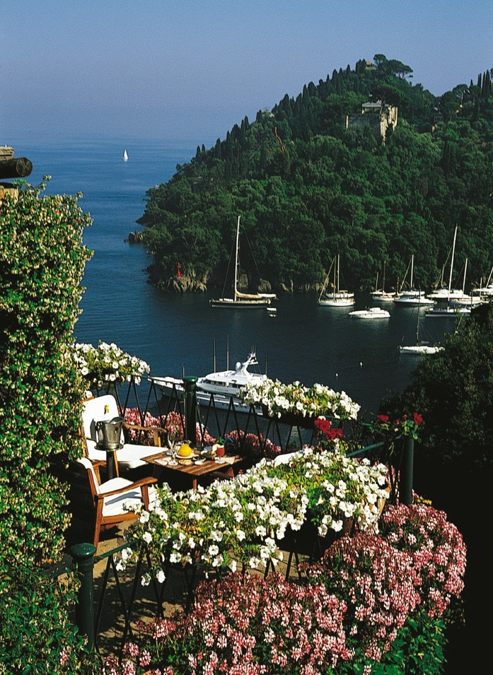 italianways:  In Portofino and in this hotel history and imagination, fiction and news have always lived side by side. (via Italian Ways | Portofino's Hotel Splendido)