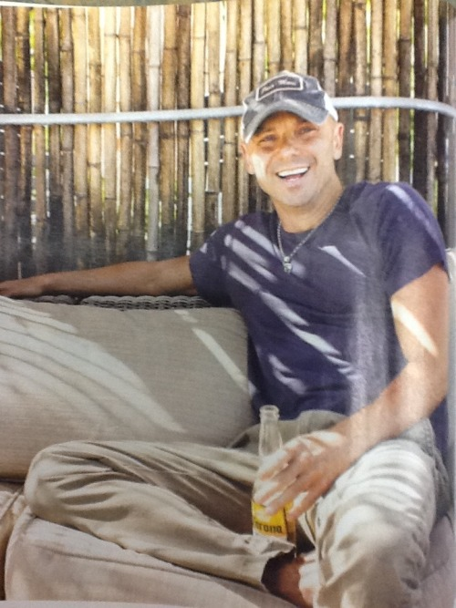 Kenny Chesney in Entertainment Weekly!!