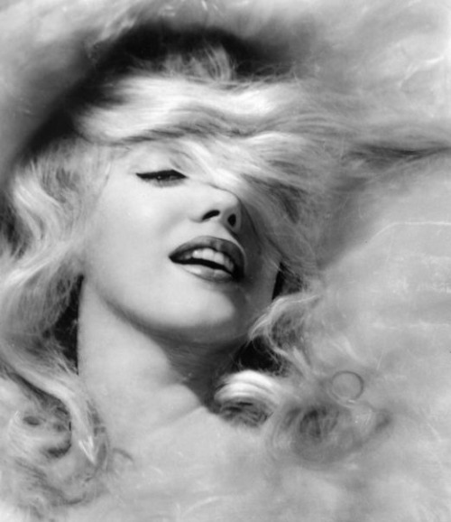 alwaysmarilynmonroe:  Marilyn by Jack Cardiff in 1956.