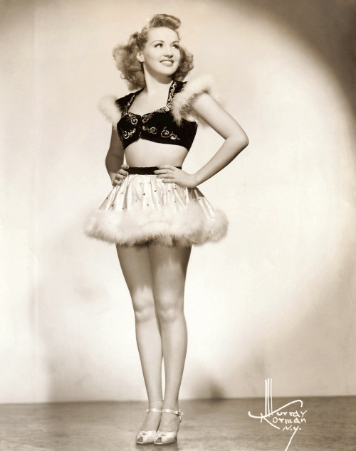 stfumadison:  Betty Grable by Murray Korman