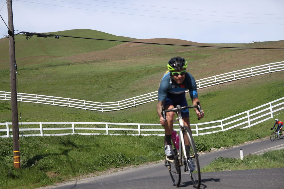 Did my first SF Sprint Classic this past weekend. A long, fast road ride through some amazing NorCal backroads from Berkeley to Patterson. I wish I could sum it up in fewer words, but the route should really give you an idea of the difficulty level. It was a perfect, beautiful day and the company of friends could not have been any better. We pushed a good pace from start to finish and had no mechanicals. Definitely a good day. I cannot wait to do this again, hopefully with some dirt mixed into the route next time.