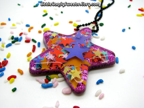 (via Star Confetti Rainbow Resin necklace with by littlecandysweets)