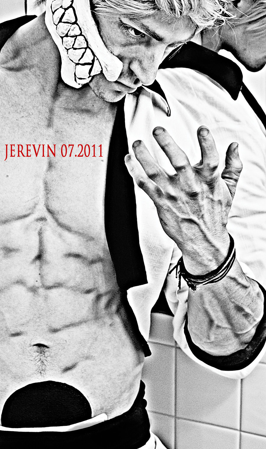 Character: Grimmjow Jaegerjaques Series: Bleach Cosplayer: Jerevin Links: DeviantArt