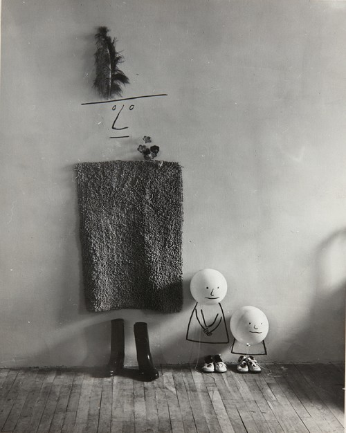 bartleby-company:   Mother and Children, 1950, Saul Steinberg