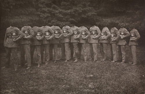 "1910 ""Decapitated"" soldiers."