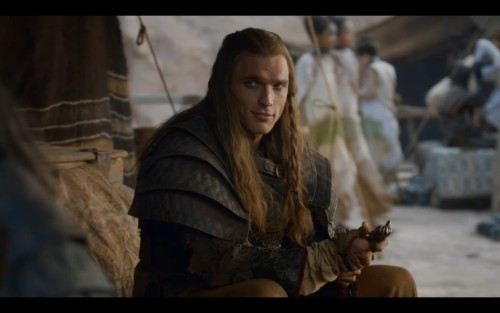 nerdacious:  This is a Daario I can get behind! Or who can get behind me. Unf. He reminds me of Val Kilmer's Madmartigan.  GRRM, take notes. This is what a sexy sell sword looks like, not that weird guy in the clown costume you describe.  I wasn't exaggerating, was I?