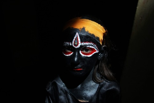 timotocuica:  : An Indian girl dressed as the Hindu Goddess Kali prepared to take part in a religious procession in Amritsar, India (via Photos of the Day: April 19 - Photo Journal - WSJ)