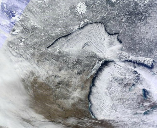 post-crescent:  Brrrr. The Chicagoist posted this stunning NASA photo of the upper Great Lakes during Tuesday's storm. The Cooperative Institute for Meteorological Satellite Studies at the University of Wisconsin-Madisonhelped create the image.   I don't think talking about the weather will ever get old.
